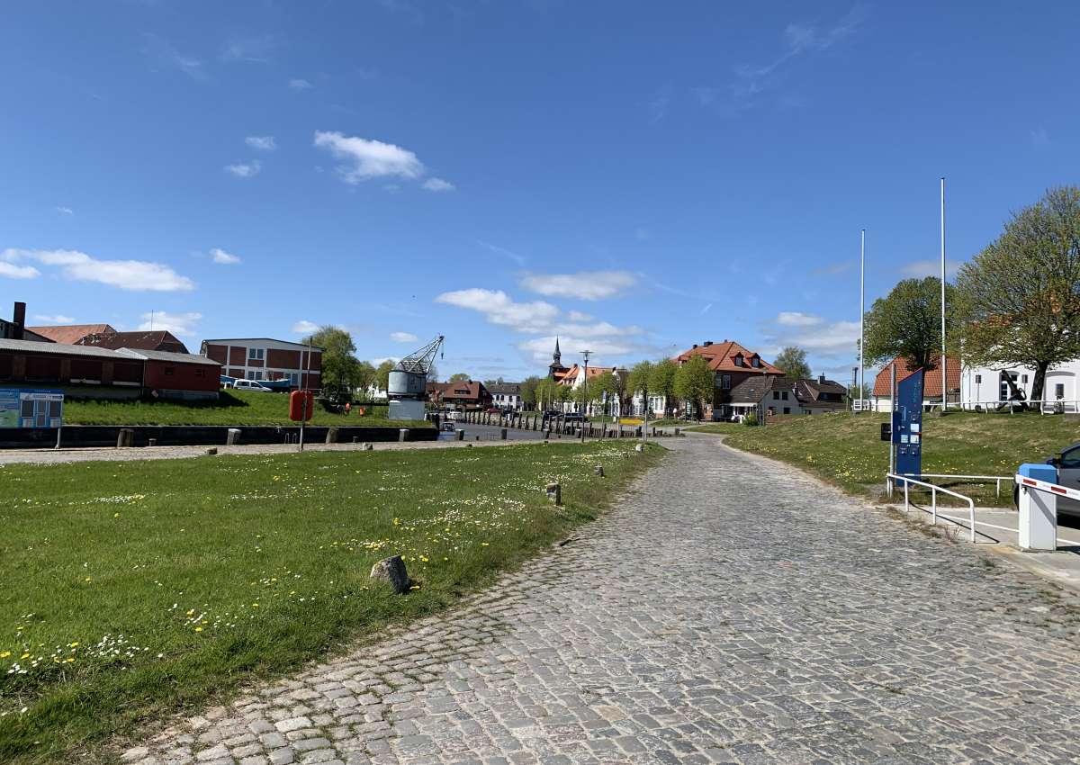 Tönning - Hafen bei Tönning (Olversum)