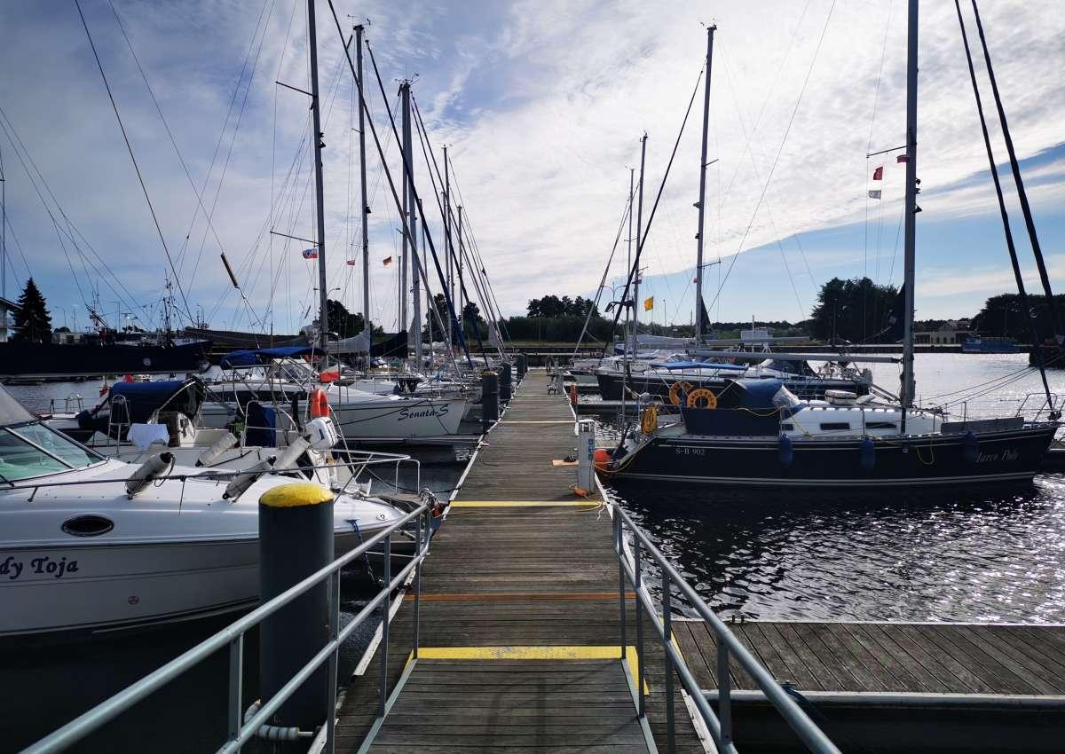 Yachthafen Rügenwalde - Hafen bei Darłowo