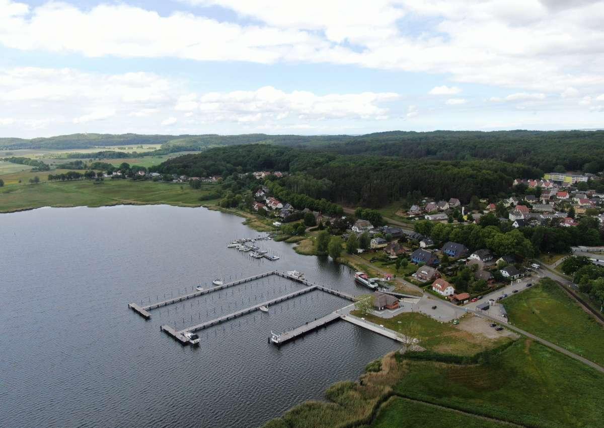 Sellin - Hafen bei Sellin