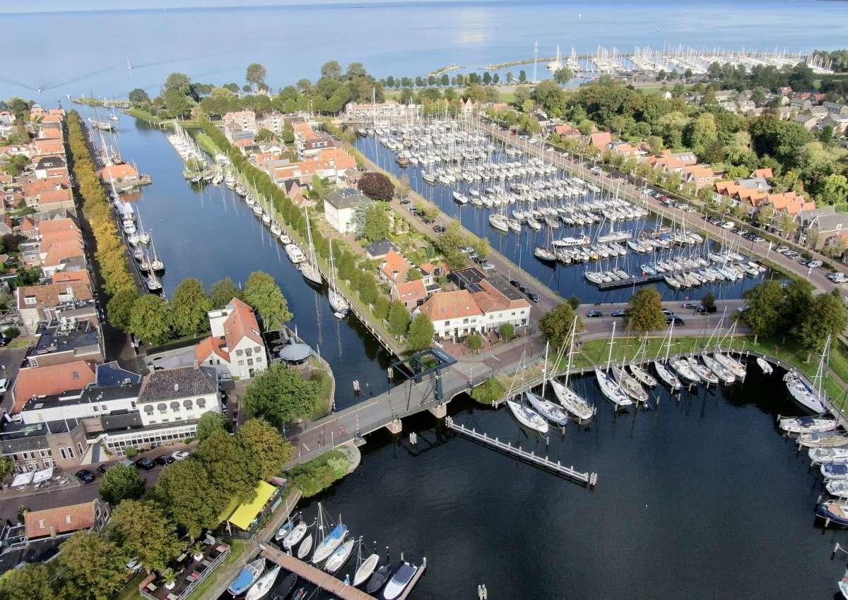 Stadshavens Medemblik - Marina near Medemblik