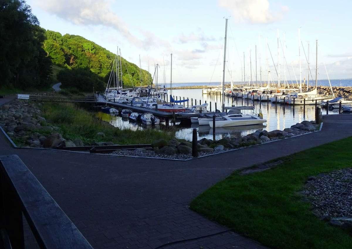 Lohme - Hafen bei Lohme