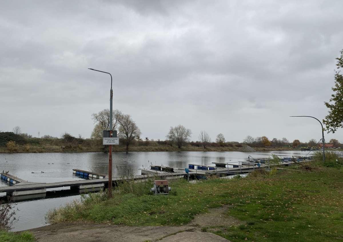 Sportboothafen Bleckede - Marina près de Bleckede