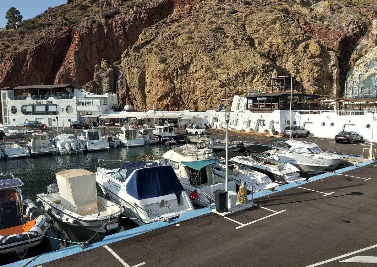 San Jose's yacht club - Marina near Níjar (San José)
