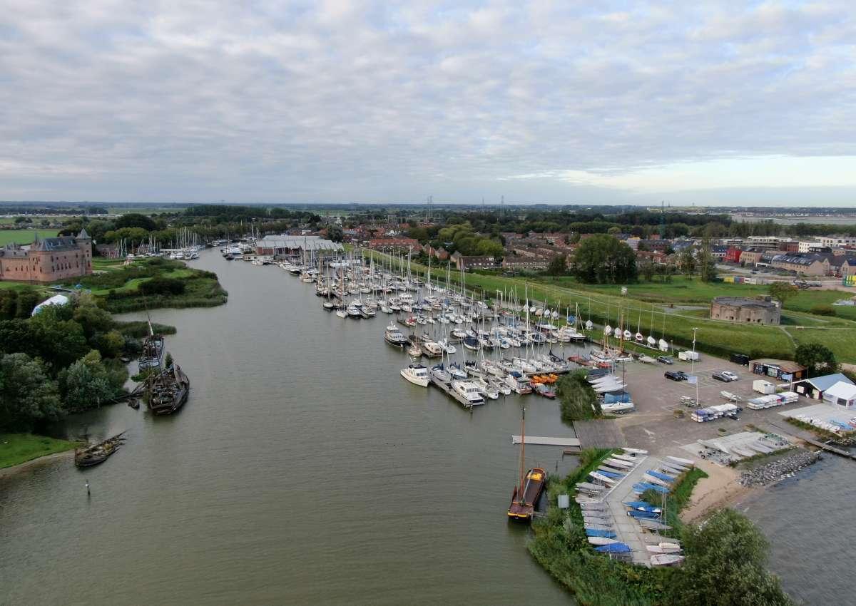 Jachthaven Stichting Muiden - Marina near Gooise Meren (Muiden)
