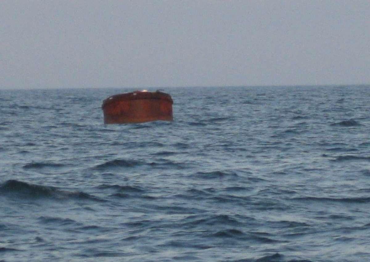 Kap Taran  / Mys Taran: uncharted buoy - Navinfo