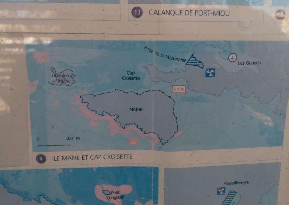 Anse de la Maronaise - Anchor near Marseille (8th Arrondissement)
