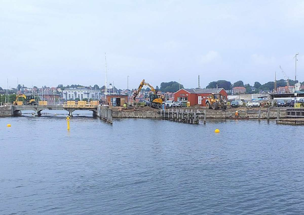 Svendborg Südhafen Bauarbeiten/ maintenance workings - Navinfo bei Svendborg