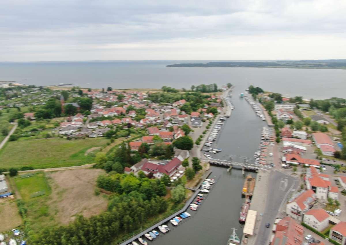 Klappbrücke Wieck - Navinfo bei Greifswald (Wieck)